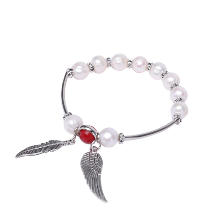 Round Pearl Bracelet with Angel Wing