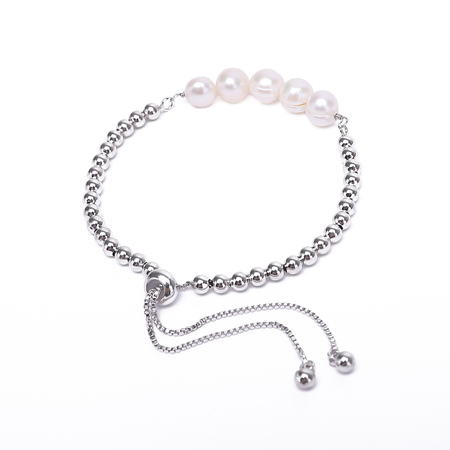 Retractable Pearl Bracelet With Metal Parts